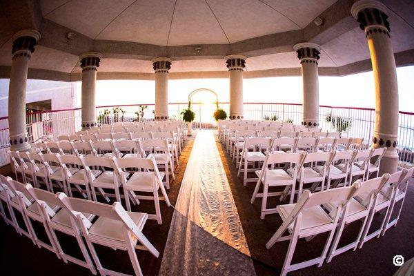 weddings at crown reef resort
