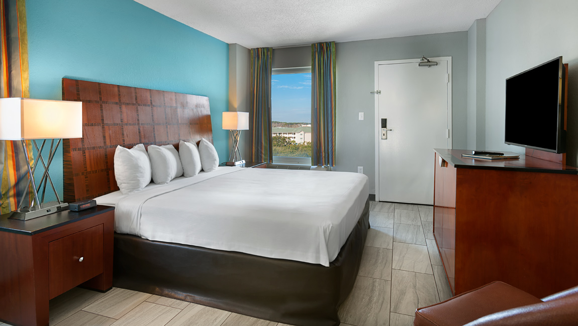 King Jacuzzi Suite Bedroom